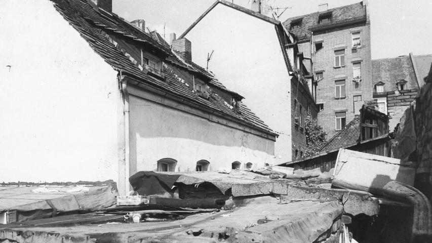 """Trostlos ist das Gebiet zwischen der Allersberger und der Wilhelm-Spaeth-Straße. Die Nürnberger nennen diese Gegend """"Bleiweißviertel"""". Hier geht es zum Artikelvom16. August 1970: In den alten Vierteln ist die Miete billig."""