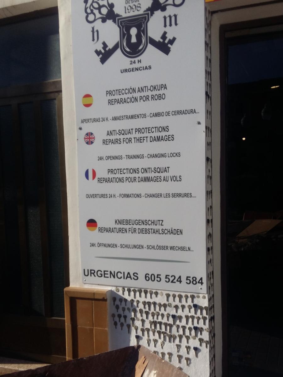 Gesehen von Hans-Jörg Köninger aus Hiltmannsdorf in Denia an der Costa Blanca, Spanien.; ; Deutsch ganz neu