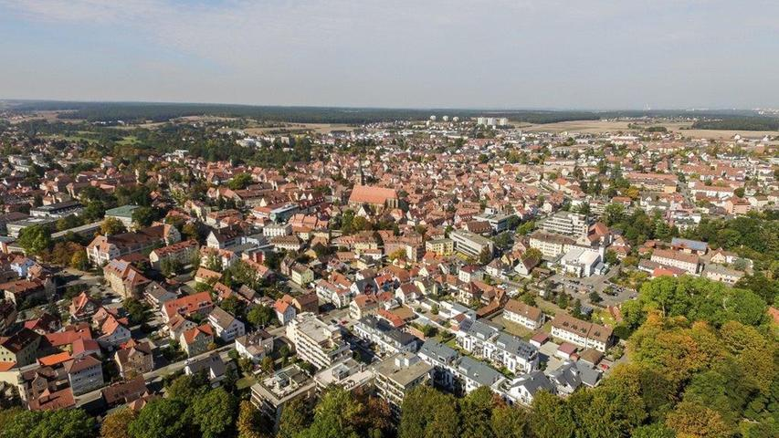In der Stadt Schwabach gibt es im Durchschnitt 95,4 Quadratmeter Wohnfläche je Wohnung.