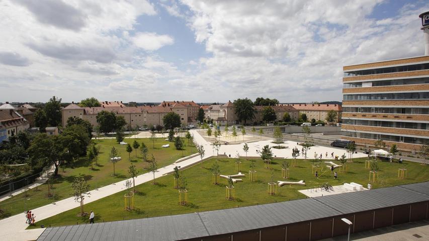 Als grüne Oase im dichtbebauten Eberhardshof ist der neue Quellepark von vielen begrüßt worden.