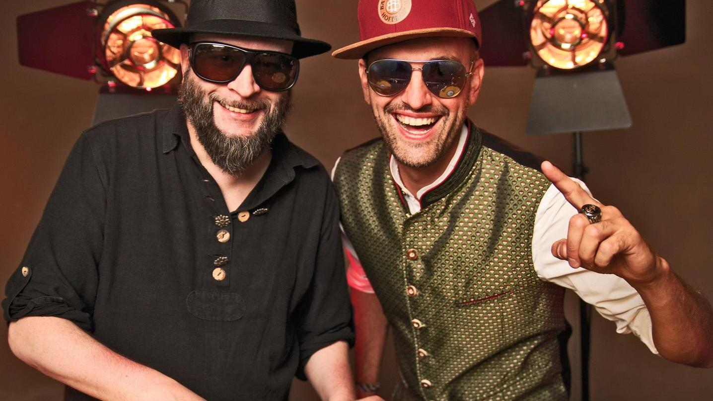 Johannes Montag alias Kapitän Holz (rechts) hat das Annafest schon als Kind gern besucht. Im Lied