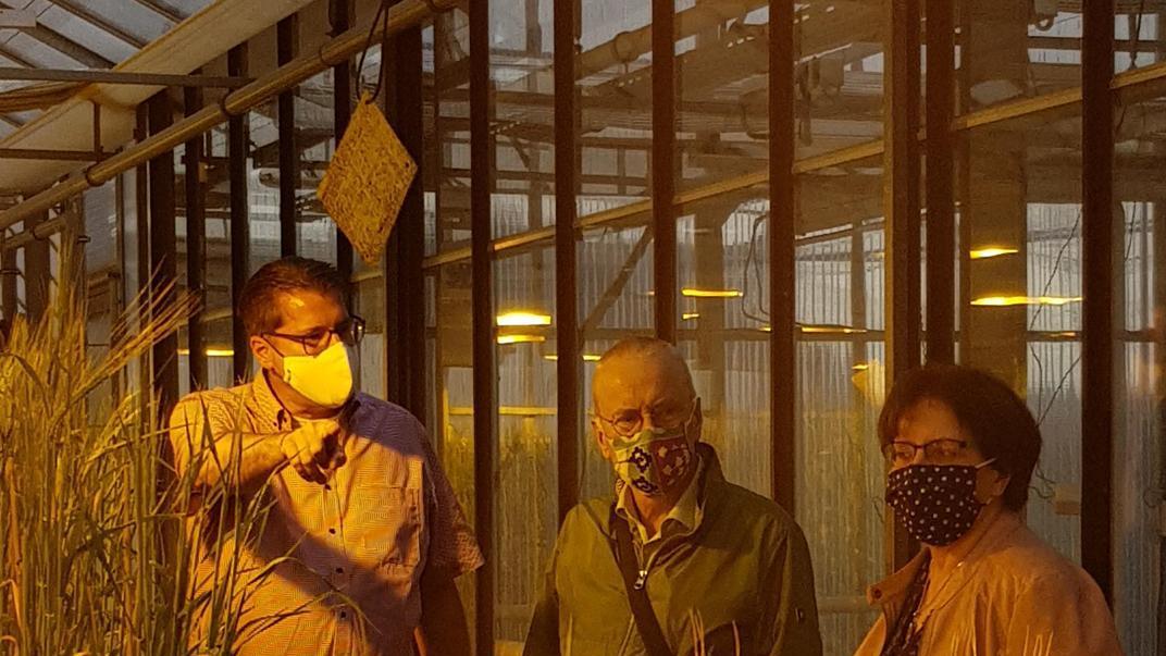 Martin Breun (links) mit Uwe Kekeritz und Kreisrätin Uschi Schmidt.