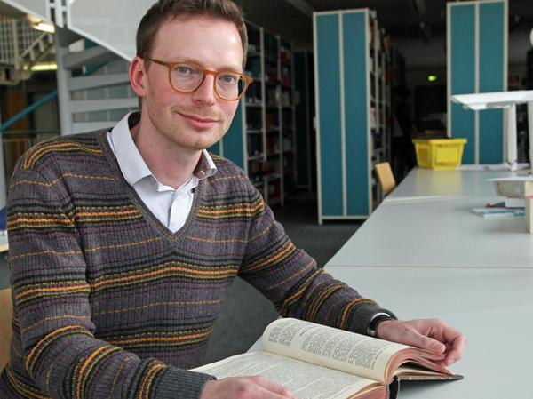 […]Prof. Dr. Klaus Ulrich Schmolke ist Inhaber des Lehrstuhls für Bürgerliches Recht, Handels-, Gesellschafts- und Wirtschaftsrecht an der Friedrich-Alexander-Universität Erlangen-Nürnberg.