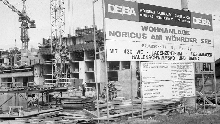 Eine der ebenfalls größten Wohnungs-Baustellen Nürnbergs, die Anlage Noricus am Wöhrder See, ist ebenfalls durch die enorme Kostensteigerung im Baugewerbe beeinflußt. Hier geht es zum Kalenderblatt vom20. August 1970: Von der Preislawine überrollt.