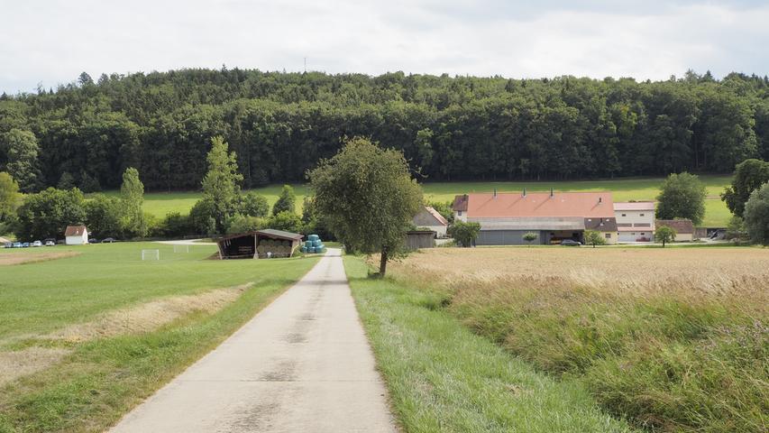 Windischhausen ist der Wendepunkt der Wanderung, von hier geht es wieder zurück und an der Untermühle vorbei.