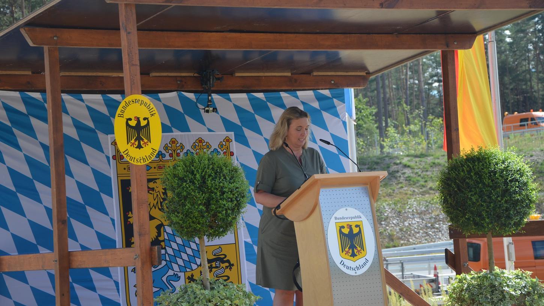 Die bayerische Verkehrsministerin Kerstin Schreyer hielt eine Rede.