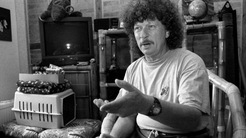 Harry Jeske spielte in der DDR-Band Puhdys den Bass und war zugleich ihr Manager; bis er wegen gesundheitlicher Probleme ausstieg. Er starb im Alter von 82 Jahren am 20. August in Wismar.