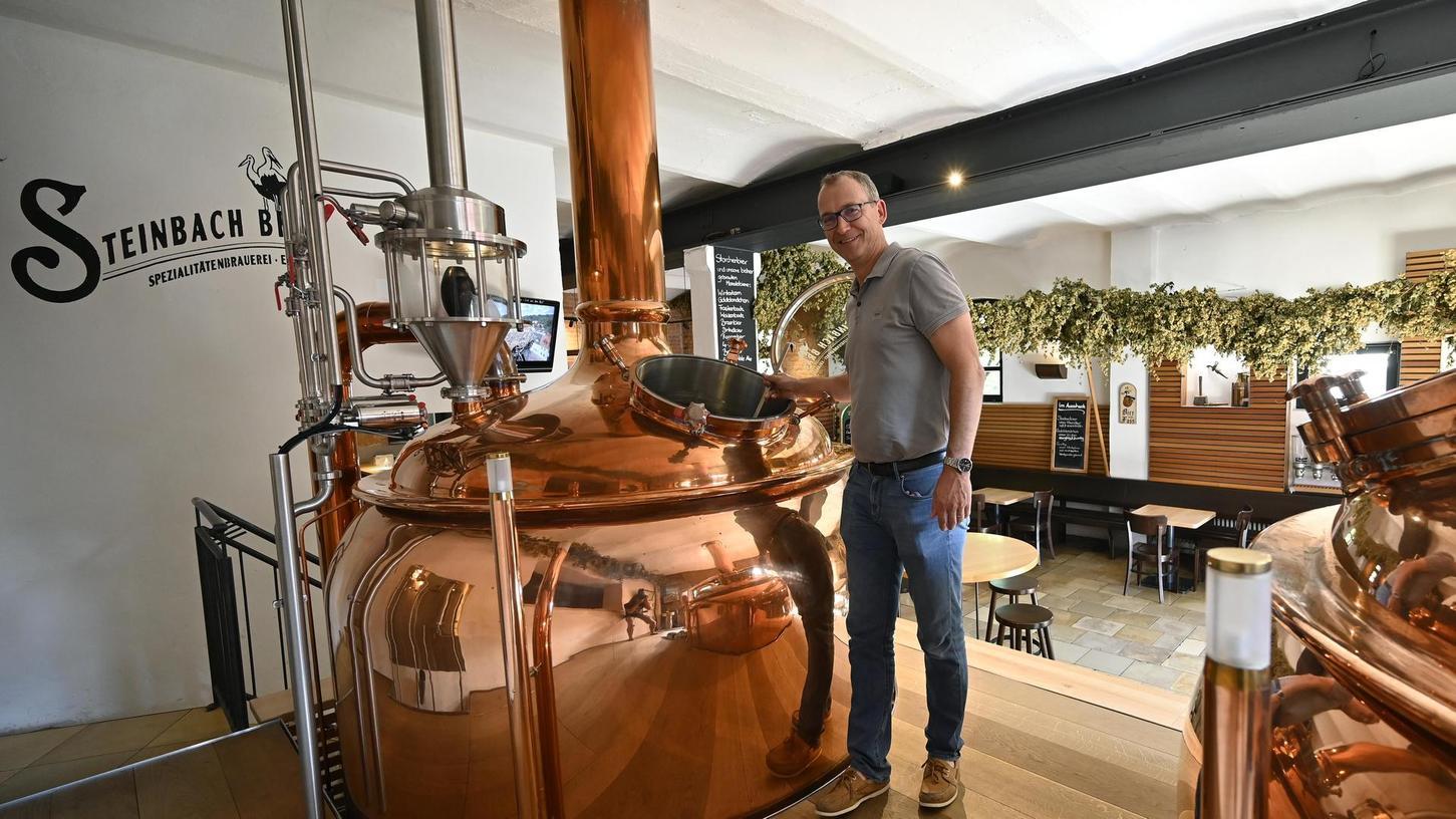 Die Steinbach Bräu ist inzwischen Erlangens größte kleine Brauerei und seit langem in Besitz der Familie Gewalt. Derzeitiger Chef ist Christoph Gewalt.