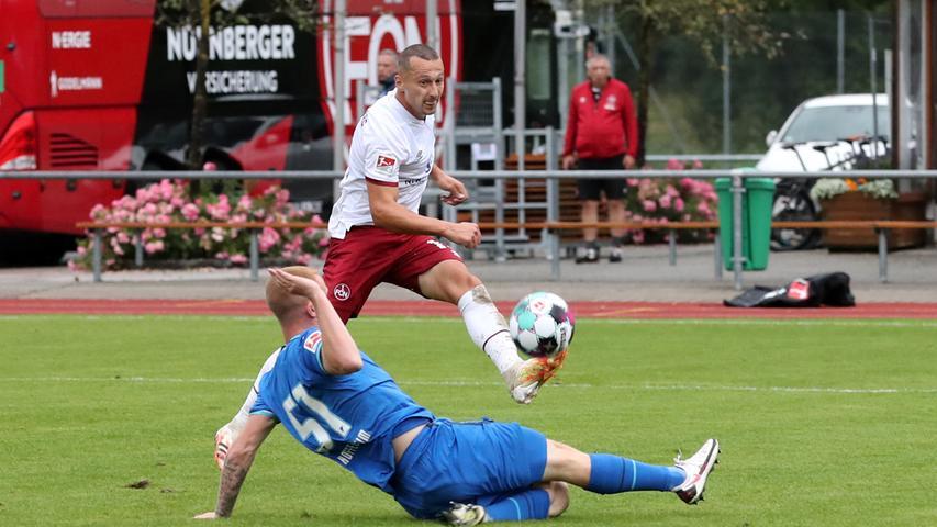 22.08.2020 --- Fussball --- Saison 2020 2021 --- Testspiel / Freundschaftsspie / Vorbereitungsspiel: TSG 1899 Hoffenheim - 1. FC Nürnberg ( Club ) --- Foto: 1. FC Nuernberg/Daniel Marr/  ---   Fabian Rüth (51, TSG 1899 Hoffenheim ) Adam Zrelak (11, 1. FC Nürnberg / FCN )