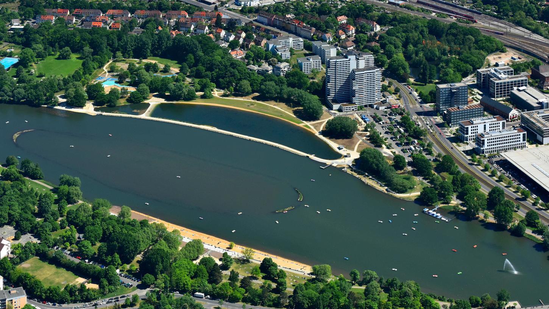 Der Wöhrder See hat sich gewandelt, mittlerweile suchen viele Nürnberger hier Erholung in der eigenen Stadt.