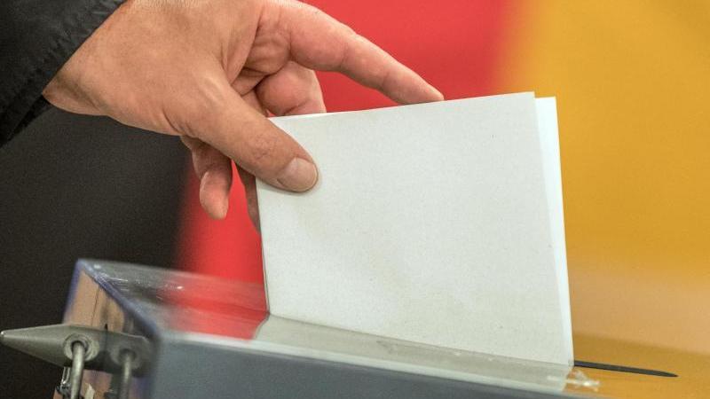 Die Bundestagswahl im Herbst beschäftigt die Bevölkerung. (Symbolbild)