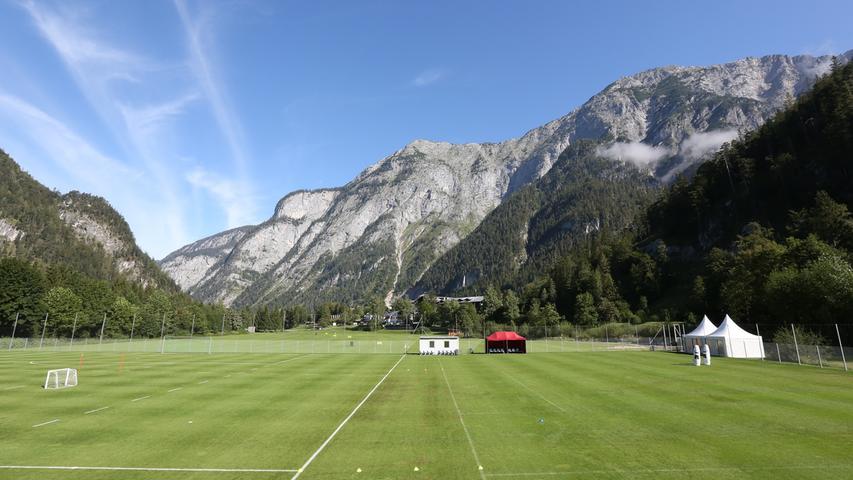 25.08.2020 --- Fussball - 2. Bundesliga - Saison 2020 2021 --- 1. FC Nürnberg FCN Club --- Trainingslager Saalfelden --- Foto: Sportfoto Zink/Daniel Marr/ --- ......Symbolbild Symbolfoto Feature Impression - Trainingsplatz Trainingsgelände