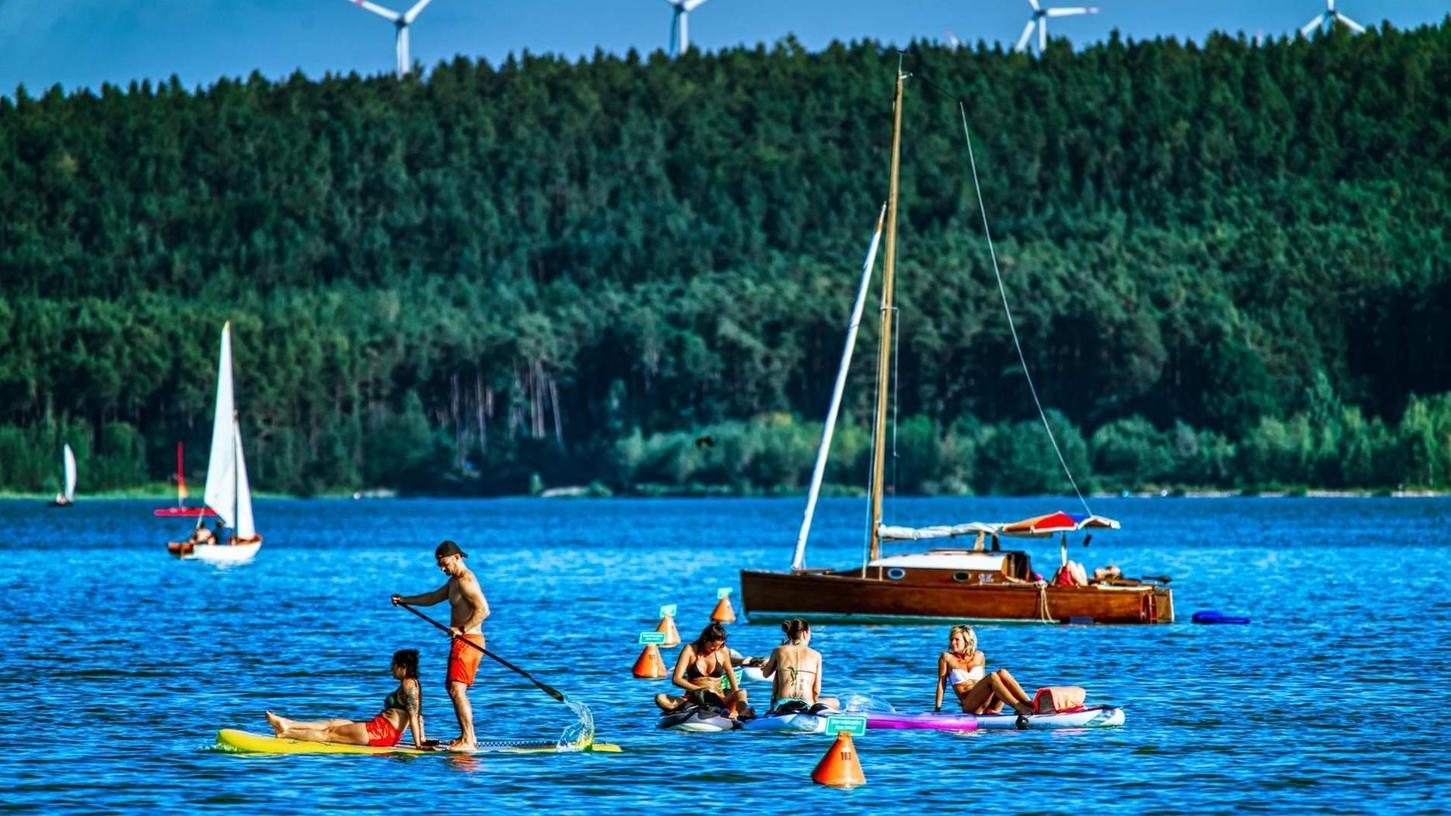 Ein reger Urlauberbetrieb herrschte zuletzt im Fränkischen Seenland. Das galt insbesondere für den Großen Brombachsee. Über der Saison 2020 stehen jedoch einige Fragezeichen.