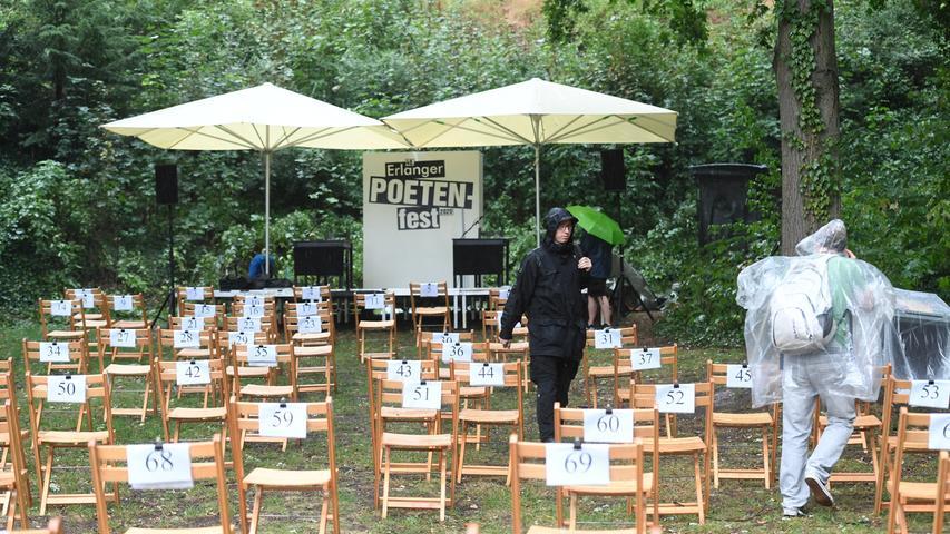 Grau, kalt und trotzdem ein Muss: So war das Erlanger Poetenfest 2020