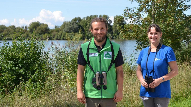 Kämpfen sich am Altmühlsee durch ein schwieriges Jahr: Martina Widuch und Jan Heikens vom Landesbund für Vogelschutz (LBV).