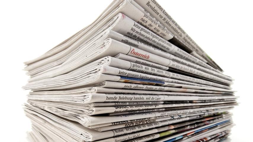 Wer auf Plastik-Müllbeutel und Co. verzichten möchte, der kann seine Abfälle in Zukunft in Papiertüten entsorgen. Sie sind allerdings nur dann eine eine empfehlenswerte Alternative, wenn sie aus recyceltem Material hergestellt wurden. Wer zusätzlich noch Geld sparen möchte, der kann die Tüten selbst falten und dafür z.B. altes Zeitungspapier verwenden.
