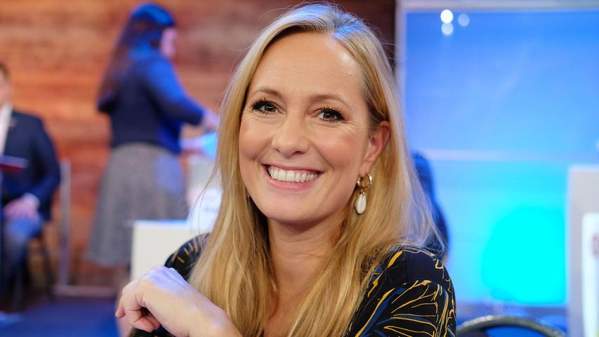 Die Finger-Erben Schwestern stammen ursprünglich aus dem mittelfränkischen Rednitzhembach. Angela Finger-Erben ist eine erfolgreiche Moderatorin bei RTL. Unter anderem moderierte sie