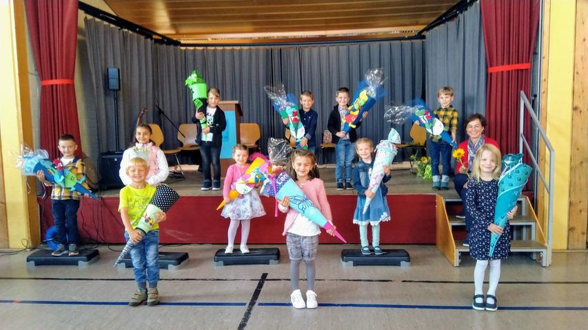 An der Grundschule in Betzenstein-Plech sind die ABC-Schützen mit Schülerinnen und Schülern der zweiten Klassen gemischt.