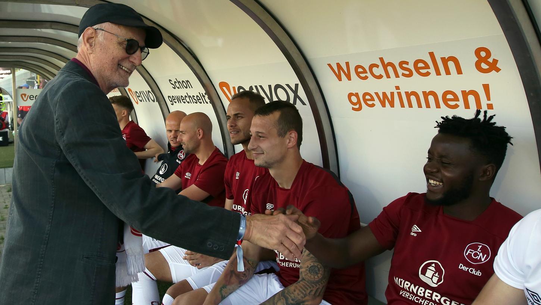 Einst meldete er sich vom Abgrund, in Sandhausen gratulierte er seinem Club zum Aufstieg: Radiolegende Günther Koch macht nach bewegten neun Jahren im Kontrollgremium des FCN Schluss.