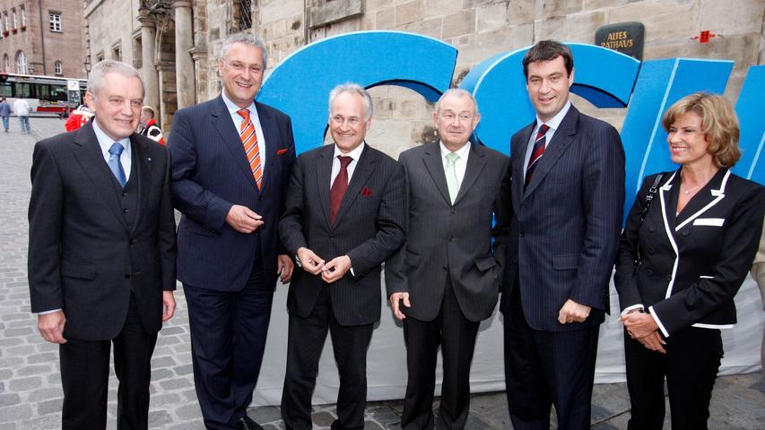 Wenn die CSU das Rathaus stürmt: Hans Peter Schmidt, Joachim Herrmann, Erwin Huber, Günther Beckstein, Markus Söder und Dagmar Wöhrl beim CSU-Empfang 2008.
