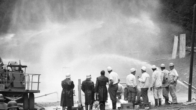 Erst drei Tage nach Beginn des Unglücks in Eschenfelden entschloss sich die Ruhrgas AG dazu, sich Hilfe aus Texas zu holen.