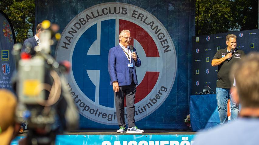 13.09.2020 --- Handball --- Saison 2020 2021 ---  Saisoneröffnung HC Erlangen HCE --- Foto: Sport-/Pressefoto Wolfgang Zink / OGo ---   Joachim Herrmann ( Bayerischer Staatsminister des Inneren / Innenminister Bayern )