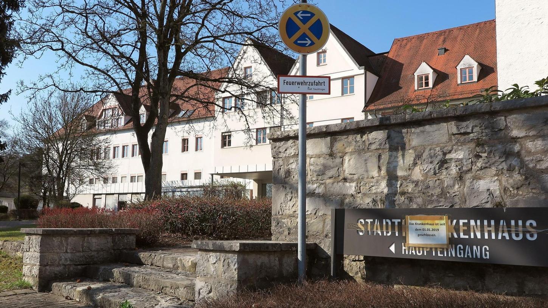 Das Geld ist da, nun können in der Wettelsheimer Straße der Abriss des alten Treuchtlinger Stadtkrankenhauses und der Neubau der geplanten Bezirksklinik starten.