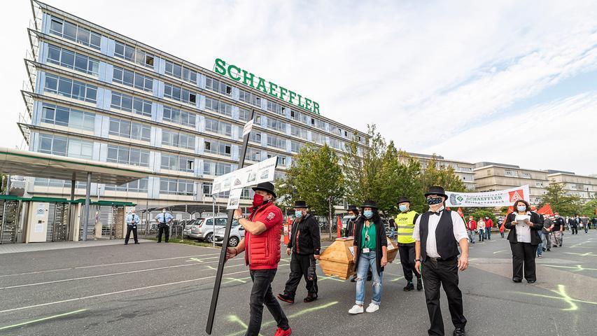 Arbeitskampf: Schaeffler-Mitarbeiter kämpfen um ihre Arbeitsplätze