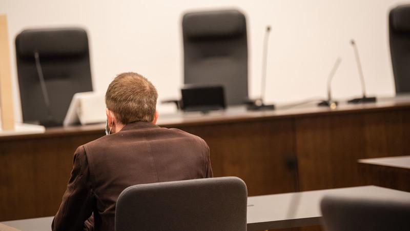 Der verurteilte Trainer muss für zwei Jahre und sechsMonate in Haft.