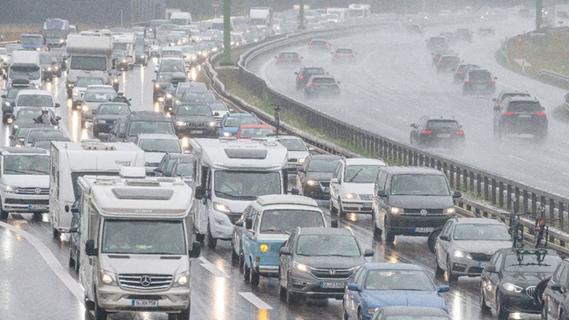Kommentar: Eine Verkehrswende muss Autos ausbremsen