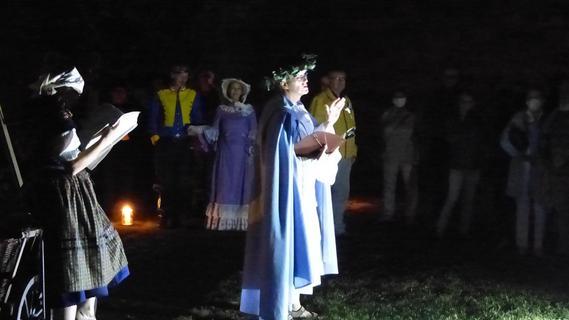 Chronos vom StaTTTheater bringt Licht in die dunkle Zeit von Forchheim