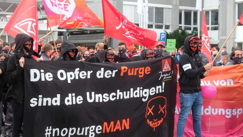 Die Nürnberger MAN-Beschäftigten protestierten am Donnerstag massiv gegen den geplanten Stellenabbau.