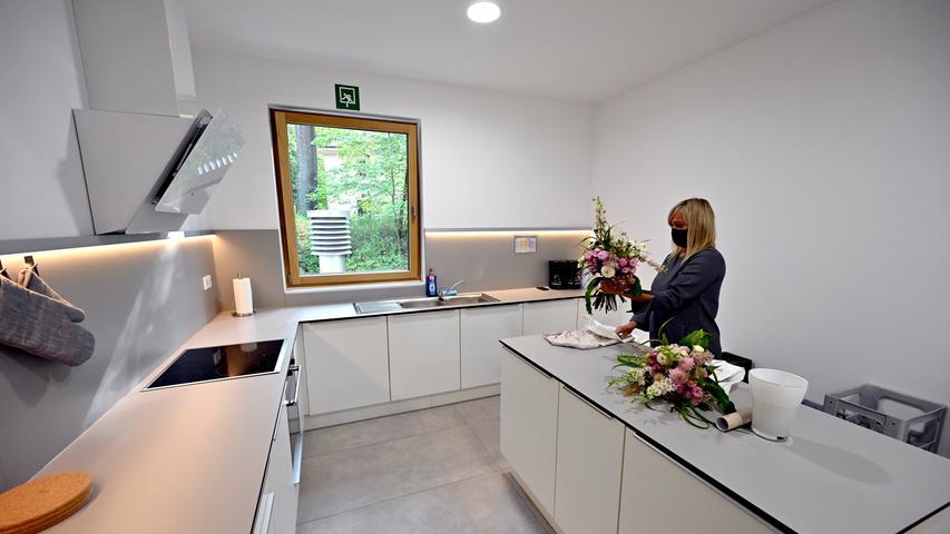 Der Küchenbereich, von einem der insgesamt zwölf Mini-Appartements, die zwischen 15 und 35 Quadratmetern groß sind.