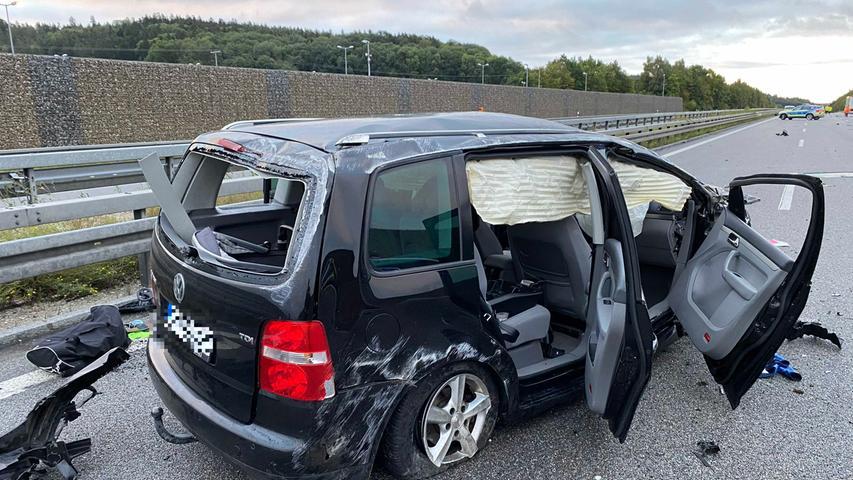 A9 bei Hilpoltstein: Autofahrer stirbt bei Kollision mit Lkw