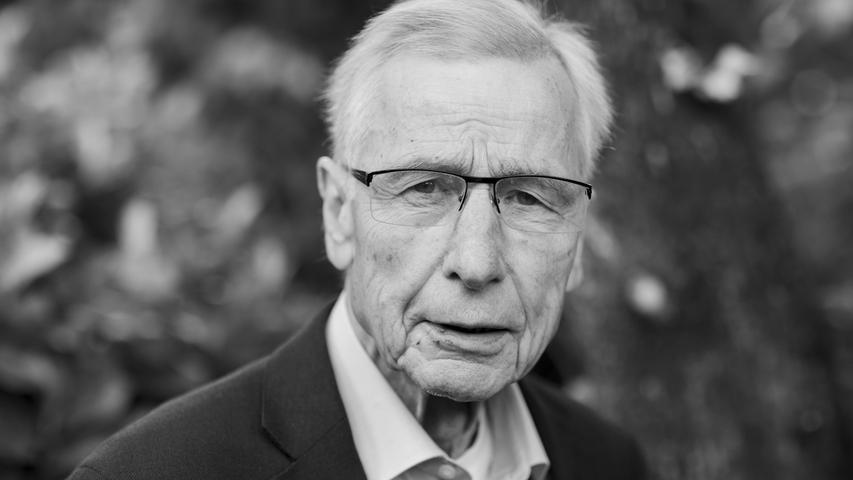 Der ehemalige Bundeswirtschaftsminister und nordrhein-westfälische Ministerpräsident Wolfgang Clement starb am 27. Septemberin Bonn im Kreis der Familie.