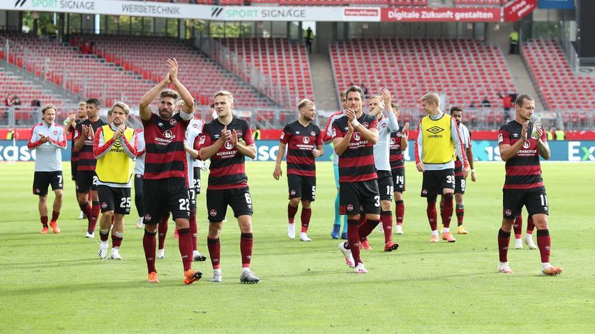 Endlich können die FCN-Spieler wieder vor den eigenen Fans feiern. Nach einer ordentlichen Leistung reicht der Kopfballtreffer von Lukas Mühl in der 77. Spielminute zum verdienten 1:0-Erfolg gegen den SV Sandhausen. Hier kommen die Bilder!