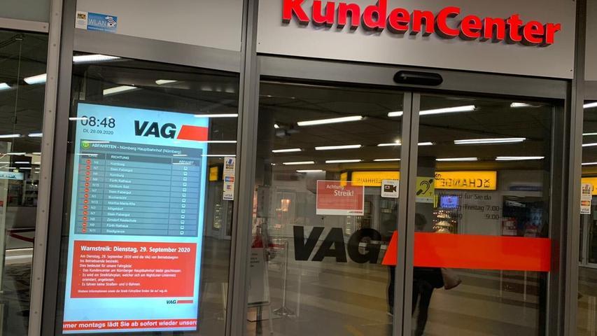 Auch das Kundencenter der VAG im Hauptbahnhof Nürnberg blieb geschlossen.
