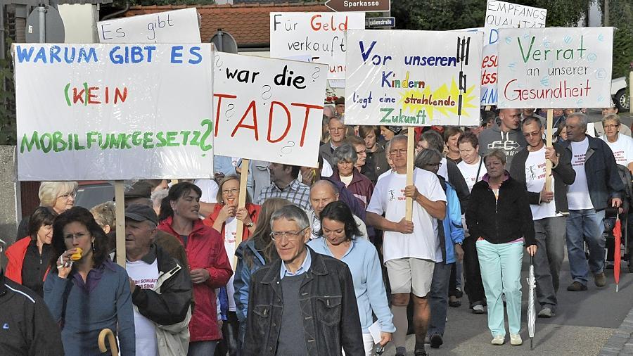 Sie wollen montags weiter marschieren: die Eltersdorfer Mobilfunkmast-Gegner.