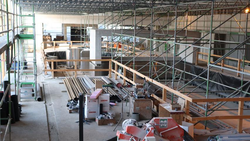 Neumarkter Schlossbad: Noch Baustelle, bald Badespaß