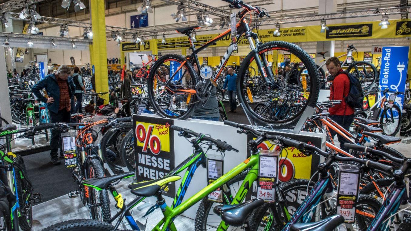 Der Fahrradabsatz boomt derzeit, vor allem E-Bikes sind seit Corona gefragt wie nie. Doch in der kommenden Saison drohen Lieferengpässe.