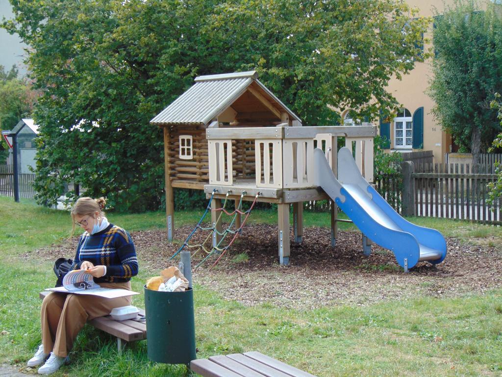 FOTO: 1.10.2020; Rebecca Loy MOTIV: Spielplatz; Spielplätze in Gunzenhausen; an der Bücherei