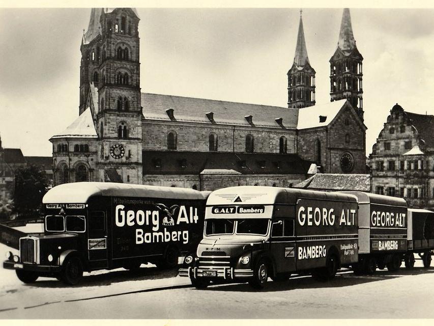 Der Bamberger Dom gilt als eines der wichtigsten Wahrzeichen in der Weltkulturerbestadt. Hier eine Werbepostkarte aus den 1950er-Jahren.