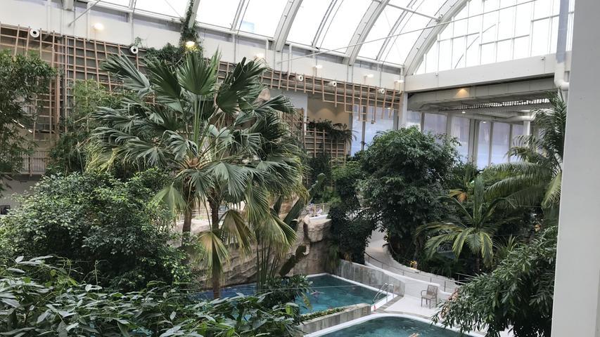 Die Badewelt ist für alle Center Parc-Gäste im Preis enthalten.