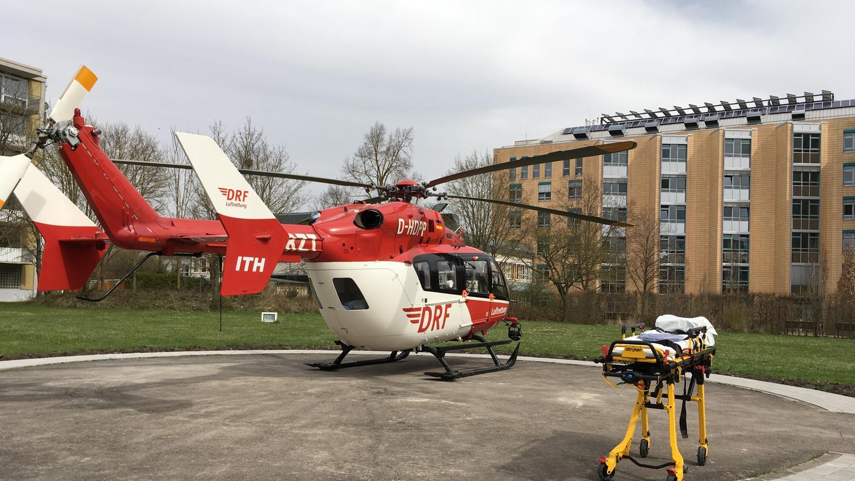 Mit einem Rettungshubschrauber wurde das Mädchen ins Krankenhaus gebracht.