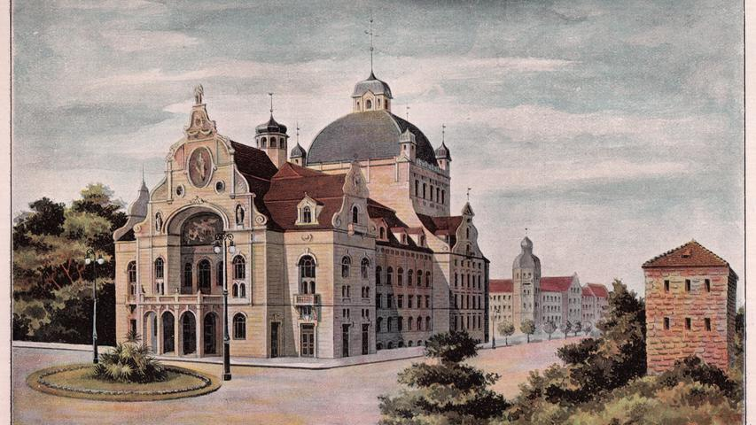 Zwischen 1901 und 1905 wurde das Opernhaus gebaut. Hinter der historisierenden Fassade verbargen sich bereits die Strukturelemente der Moderne. Ein Stahlskelett trug - und trägt noch heute - die gesamte Konstruktion. Die Baukosten liefen aus dem Ruder.Als das Opernhaus fertig war, war es mit Kosten von über 4,2 Millionen Goldmark im Vergleich zu 16 anderen Opernhäusern, die im gleichen Zeitraum gebaut worden waren,das teuerste Theatergebäude Europas.