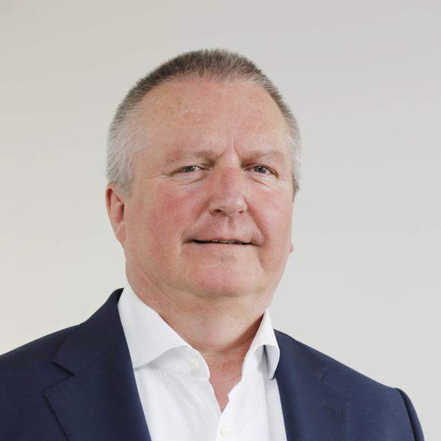 Dr. André Fischer Mitarbeiterportrait NZ Chefredakteur