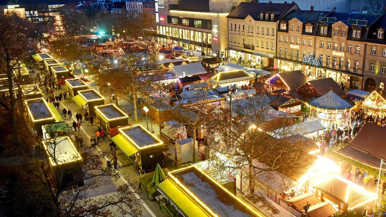 Klappt es doch noch mit den Fürther Weihnachtsmärkten? OB Thomas Jung gibt sichnach den jüngsten Nachrichten aus München zuversichtlich.
