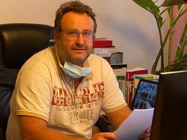 Der promovierte Internist Thomas Ruppert ist als Hausarzt in Erlangen-Tennenlohe tätig.
