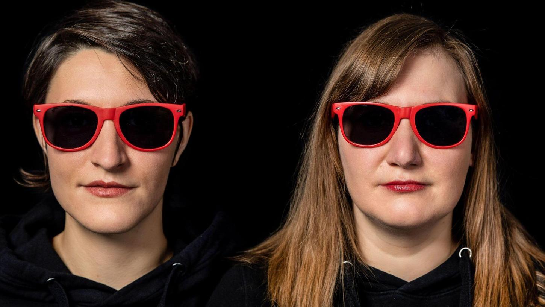 Düstere Aussichten: Mit Julia Fischer und Karin Rabhansl wäre die Kofferfabrik heute Abend in die nächste Konzert-Runde gegangen. Doch die neuen Coronaregeln veranlassen Gastgeber Udo Martin zu einem harten Schnitt.