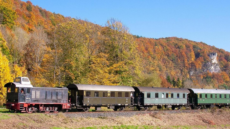 Schaut zu jeder Jahreszeit schön aus: Die Dampfbahn Fränkische Schweiz.